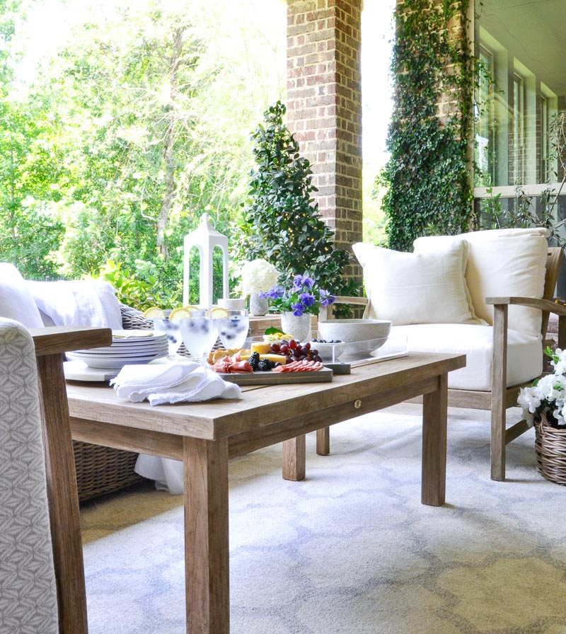 7 tips to help you create an inviting outdoor space decor gold designs - Stylishly comfortable living room ideas and tips you must know ...