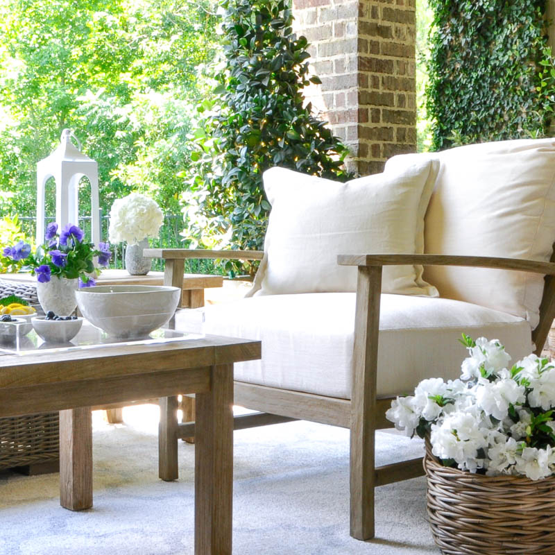 Decor Gold Designs: 7 Tips To Help You Create An Inviting Outdoor Space