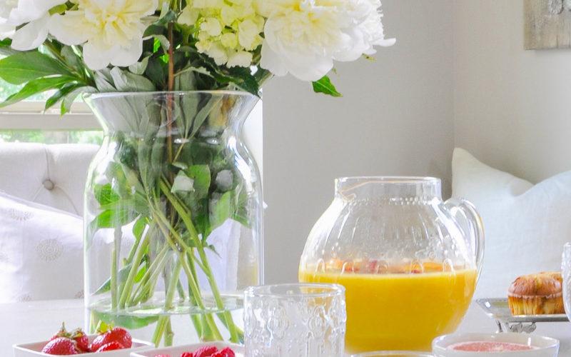 5 Tips for an Elegant Summer Breakfast