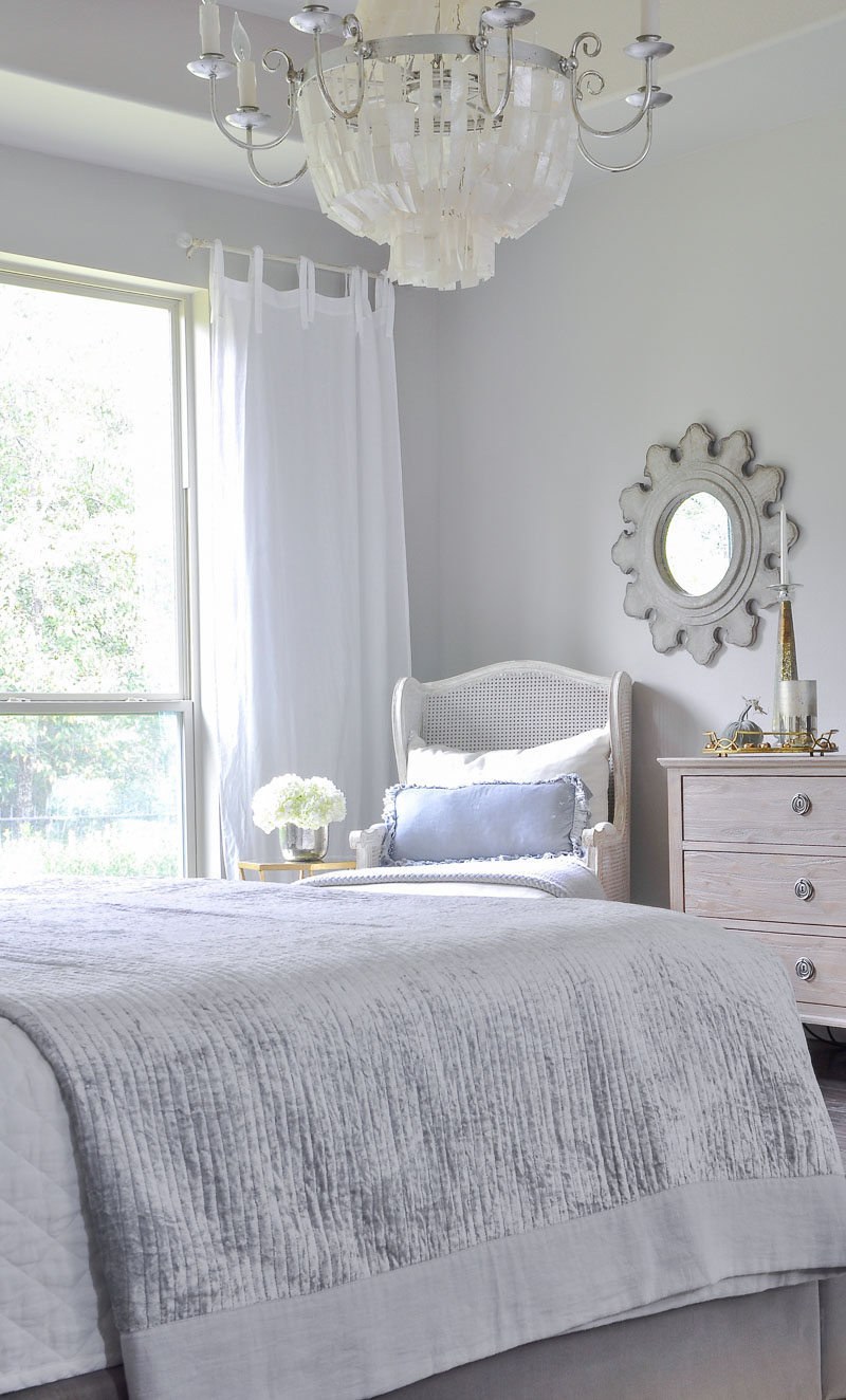 lovely fall decorating ideas bedroom | Welcoming Fall - A Fall Bedroom Tour - Decor Gold Designs