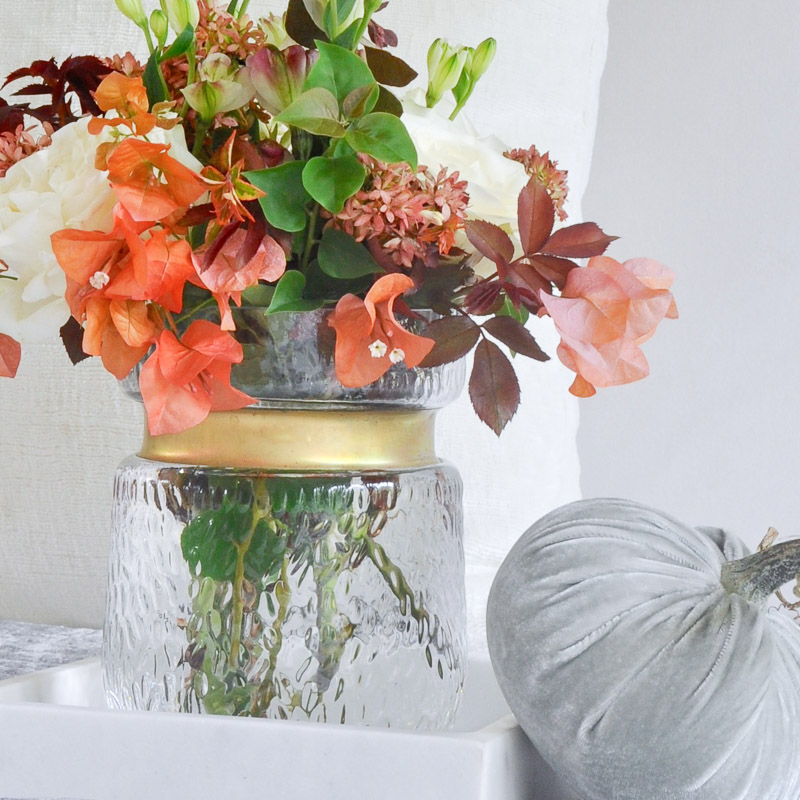 Welcoming Fall – A Fall Bedroom