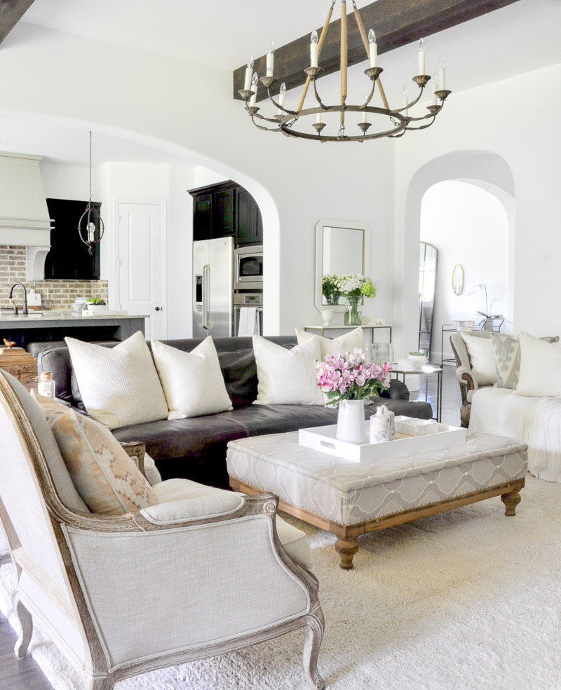 White Living Room: New White Paint Reveal By Jennifer Of Decor Gold Designs