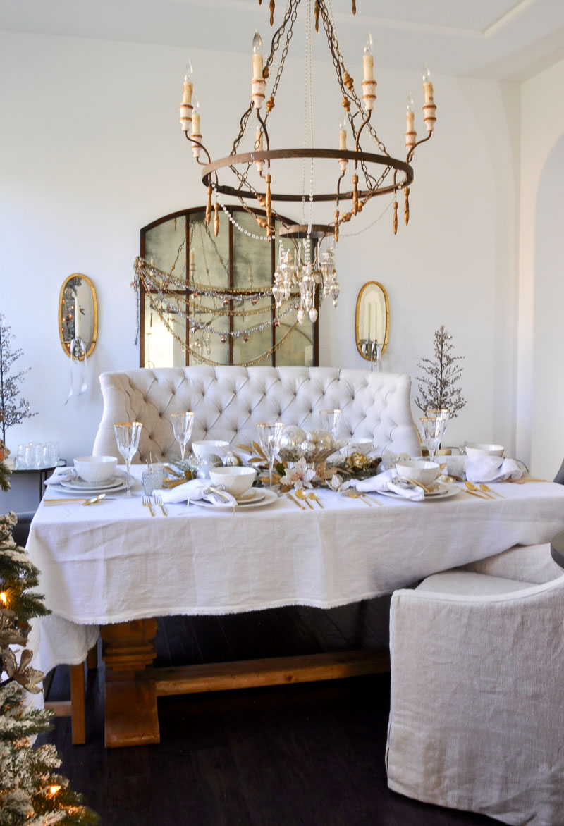 Elegant traditional christmas dining room by decor gold designs - Wonderful antique dining room ideas elegant supper time ...