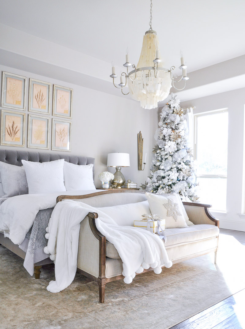 Winter bedrooms simple christmas touches by decor gold for Winter bedroom
