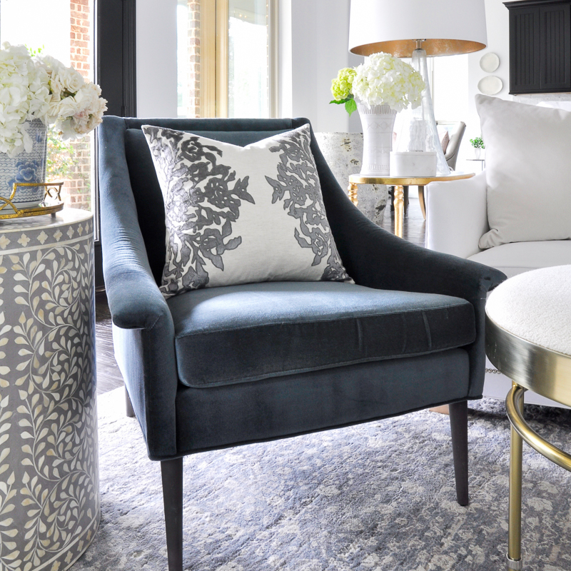 5 Steps to a Successful Living Room Makeover
