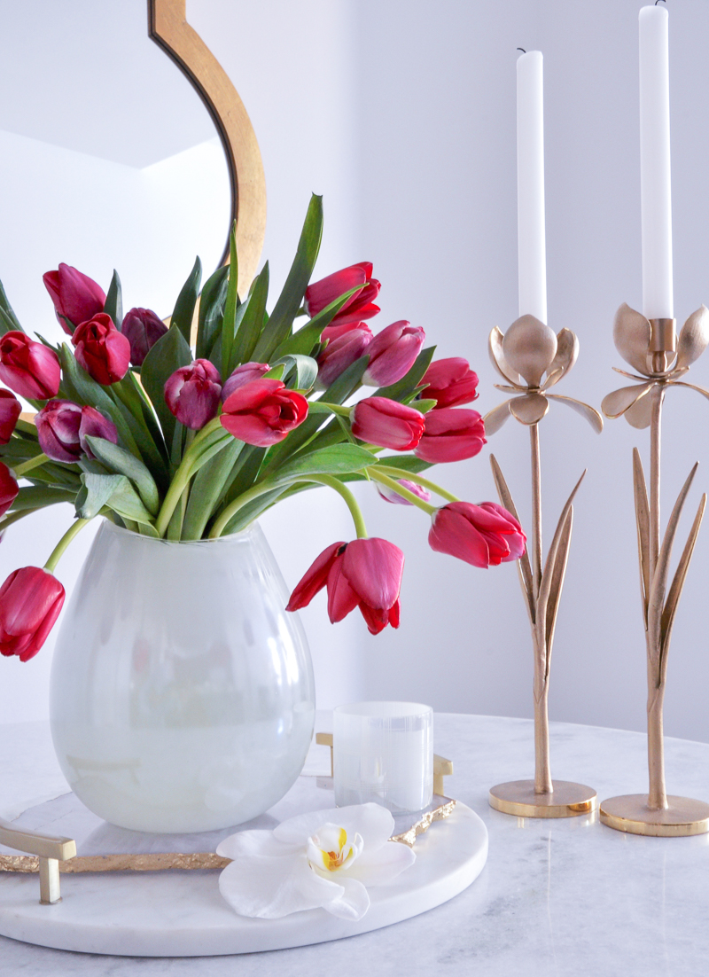 simple easter tulip arrangement