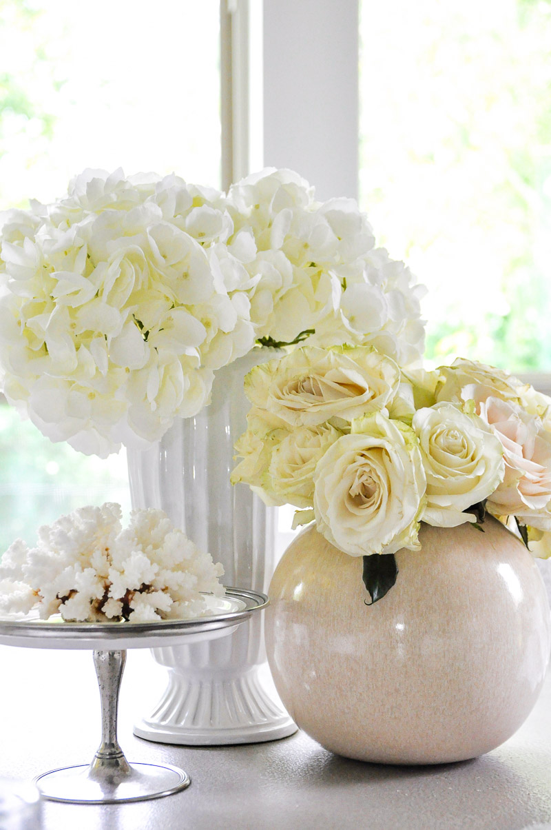 Beautiful white summer vignette