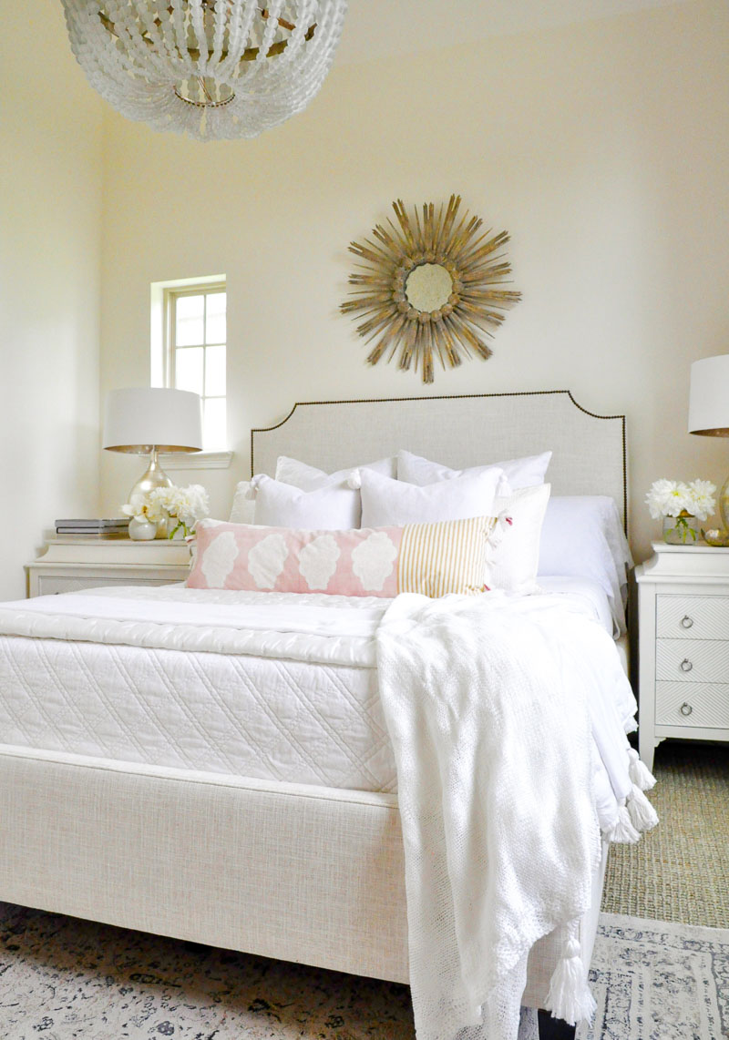 white bedroom blush accents