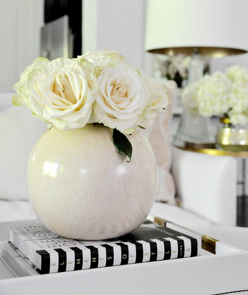 round vase roses home accessories