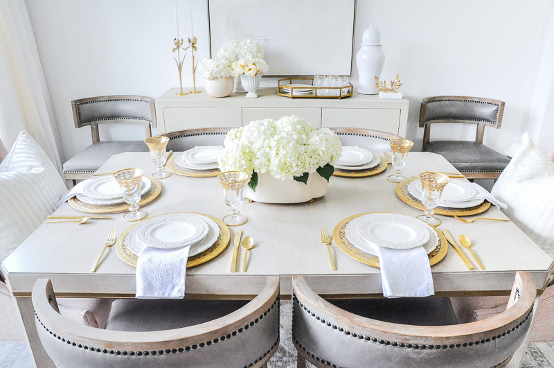 Elegant dining table set