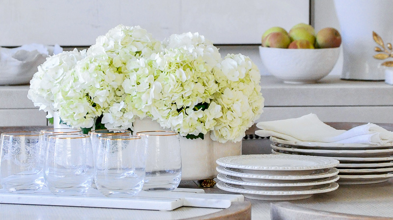 Elegant dining room table styling
