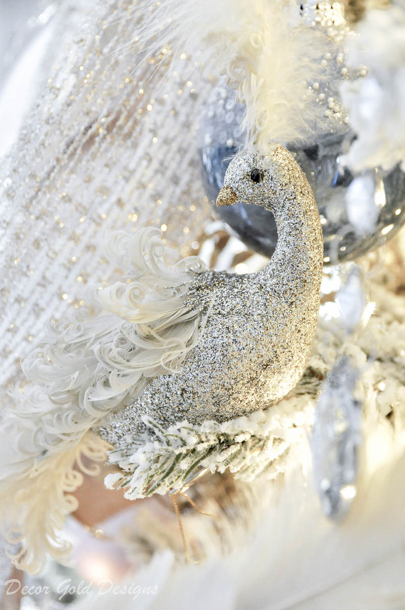Gorgeous bird Christmas tree ornament