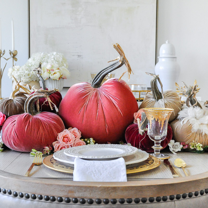 Thanksgiving Centerpiece – Cascading Pumpkins