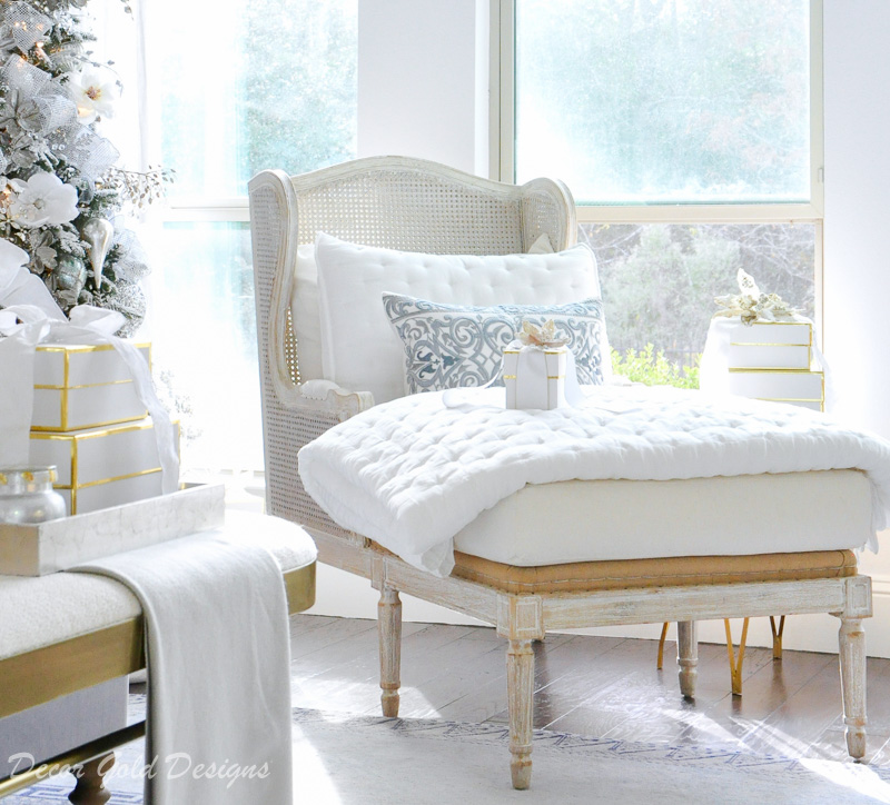 Christmas bedroom white lounge chair