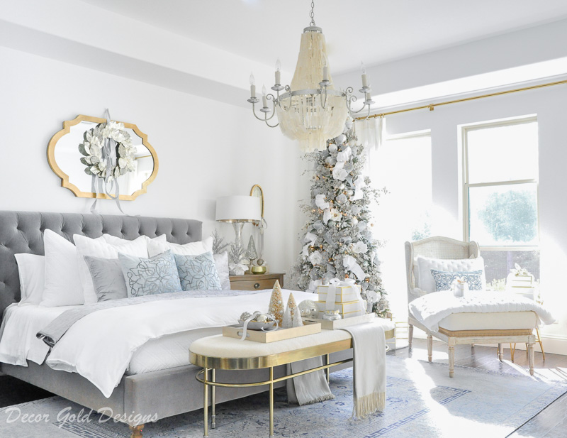 Beautiful Christmas Bedrooms Decorated Tree