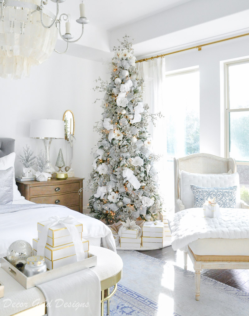 Winter White Christmas Bedrooms - Decor Gold Designs