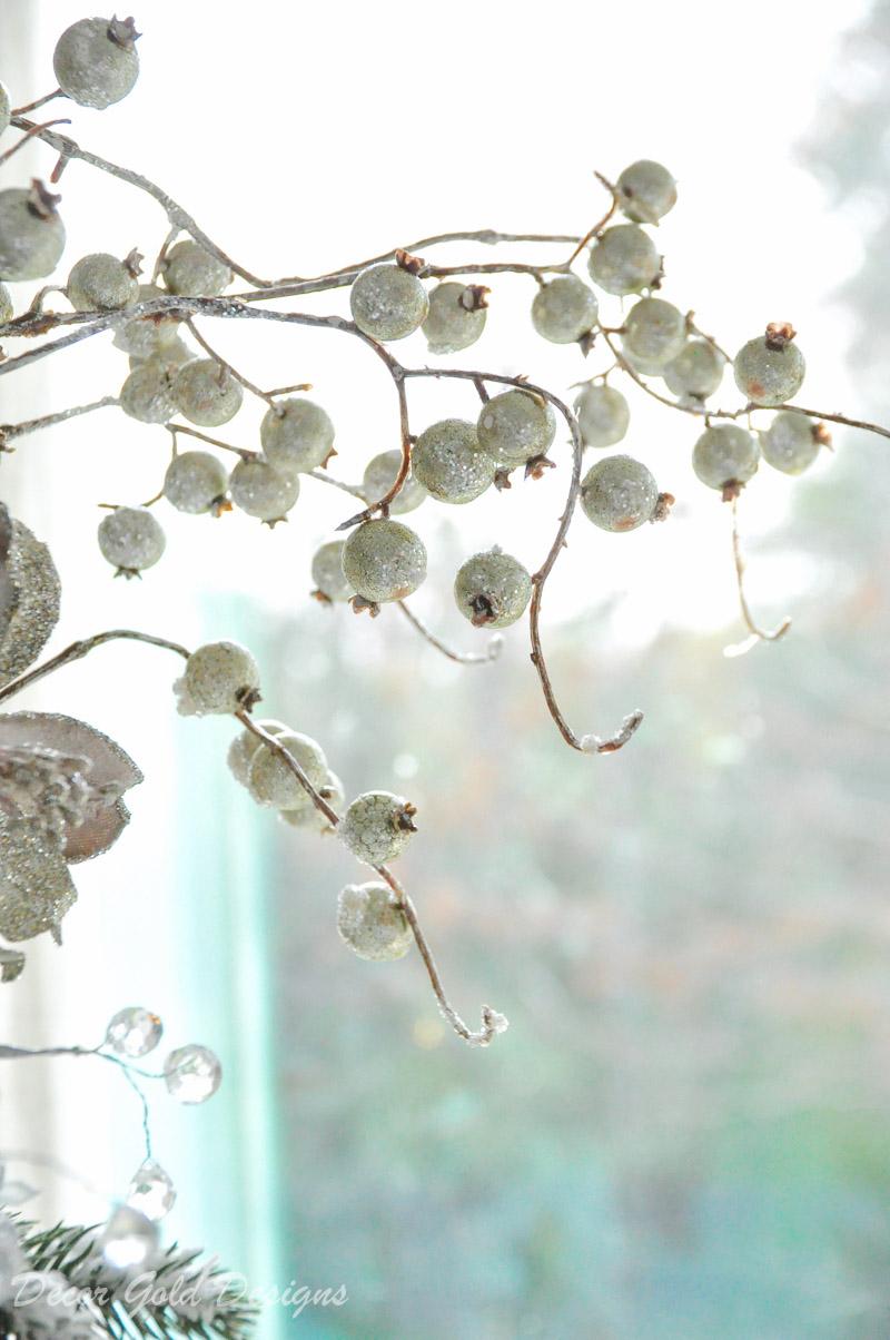 Beautiful Christmas tree berries.