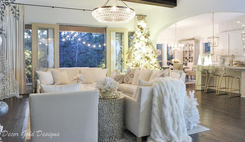 Christmas home night lights tour