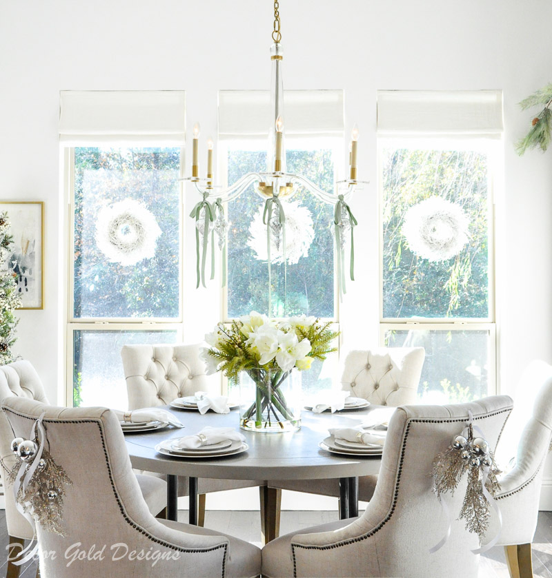Christmas home tour breakfast nook