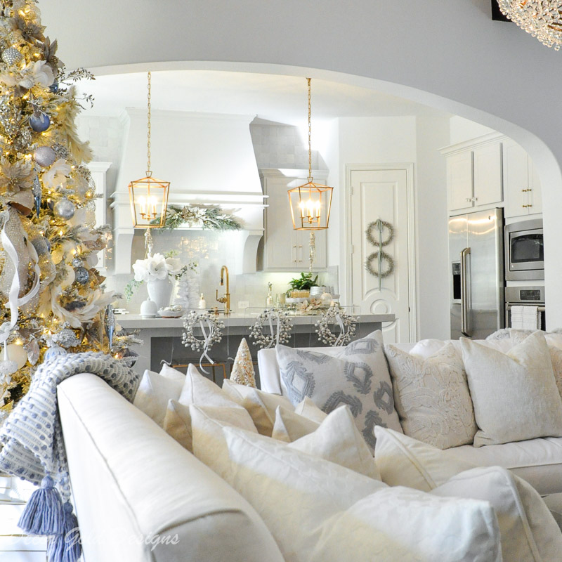 Simply Christmas Home Tour