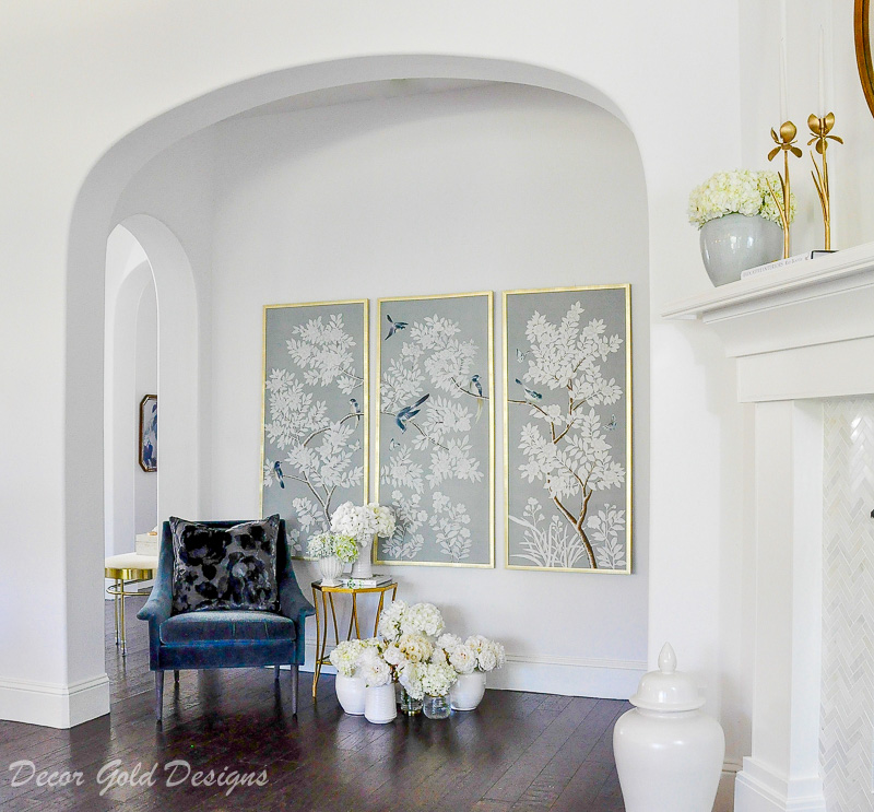 living room white beautful chinoiserie panels