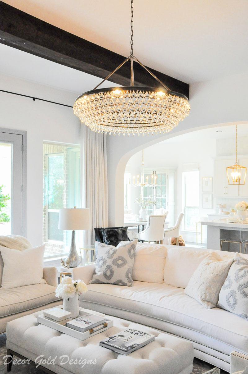 living room chandelier glamorous