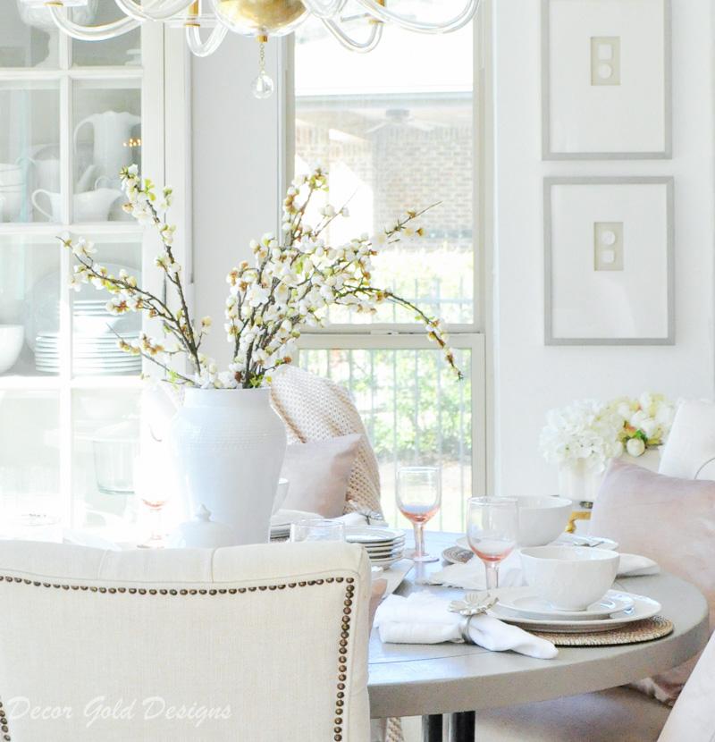 breakfast-nook-bright-white-blush-table-decor