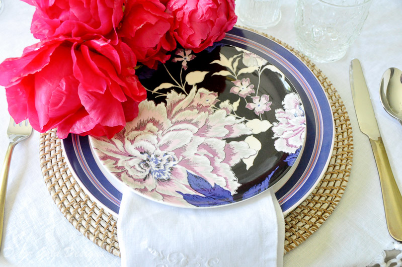 Wow your guests beautiful dinnerware