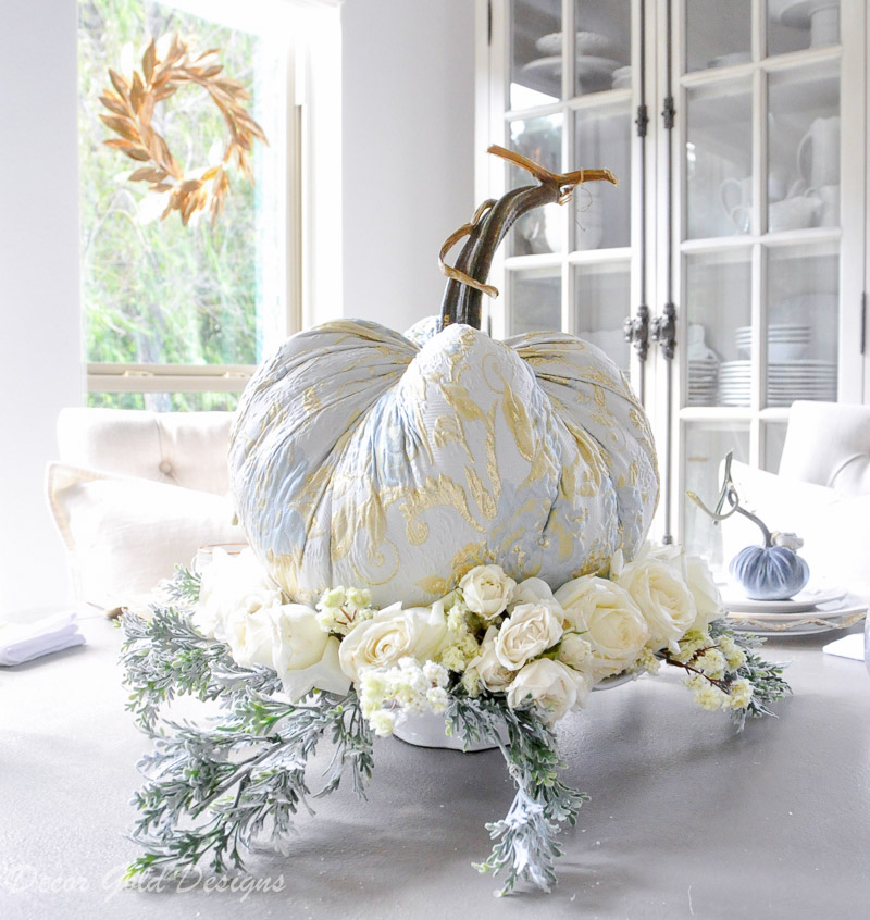 Elegant tabletop pumpkin centerpiece styling