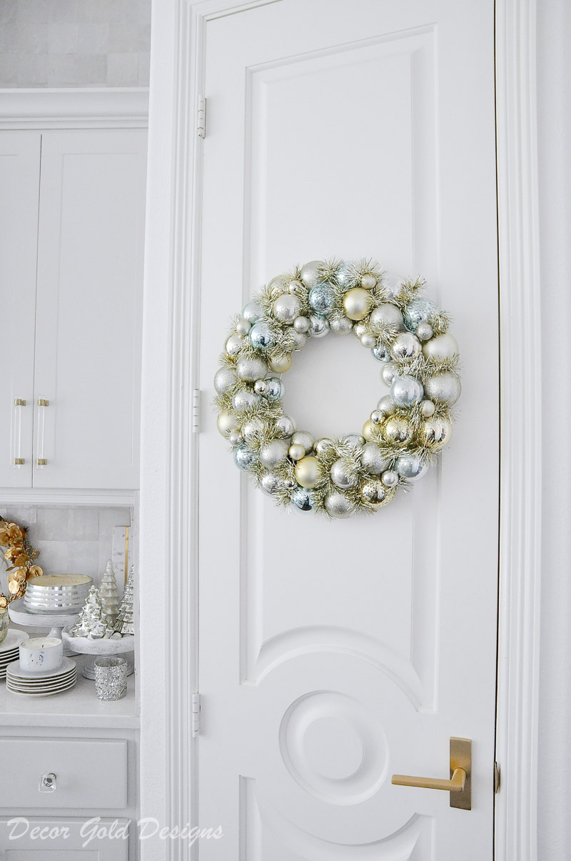 cheerful christmas kitchen ornament wreath