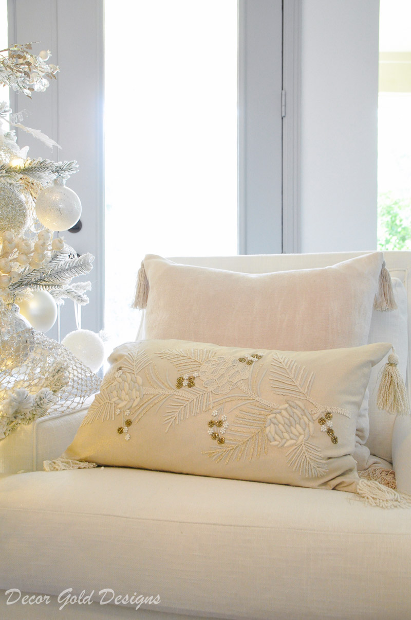 white christmas living room neutral pinecone pillow