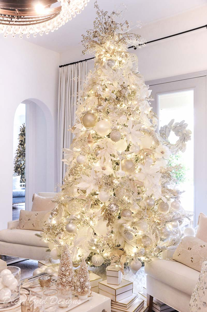 White Christmas living room flocked tree