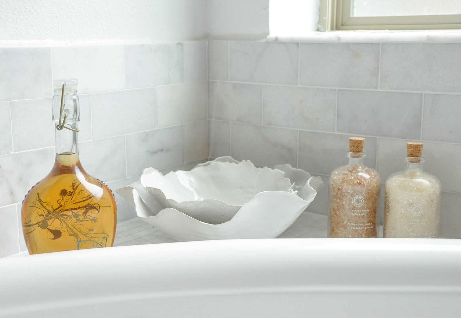 Master bathroom beautiful accessories