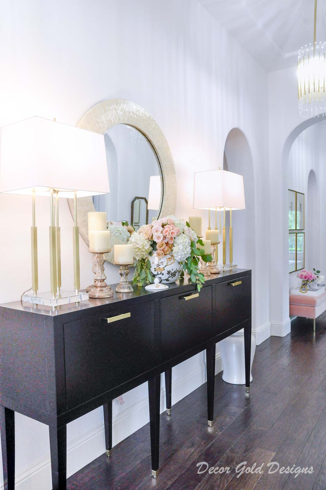 Entryway furniture, beautiful round mirror, elegant lamps