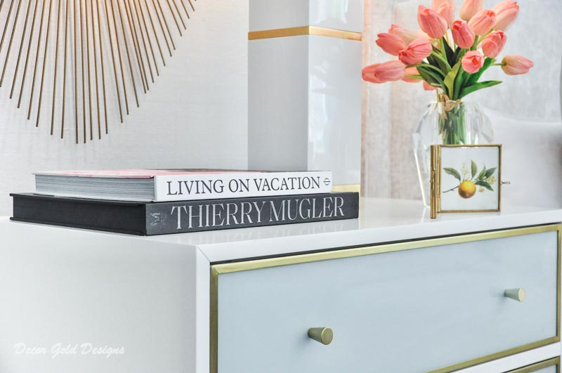 Southern glam master bedroom reveal accessories