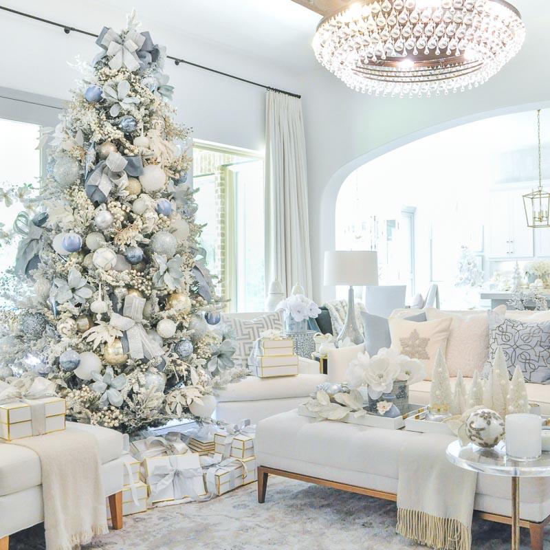 christmas living room  decor gold designs