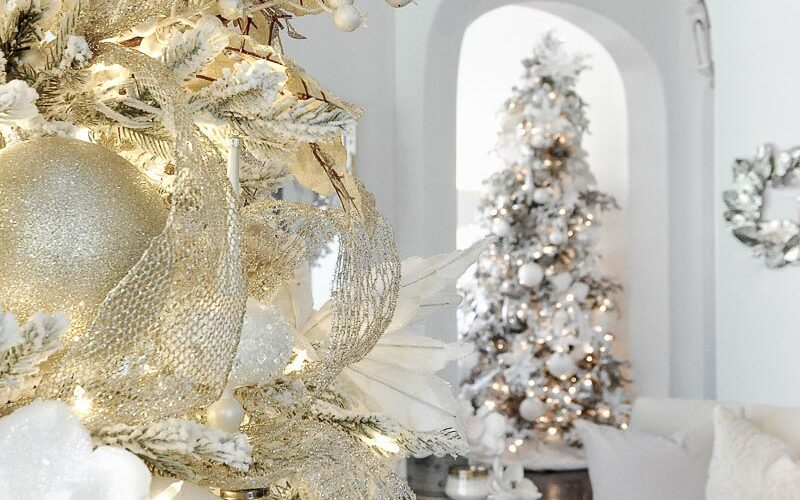 Christmas living room decorations gold white silver