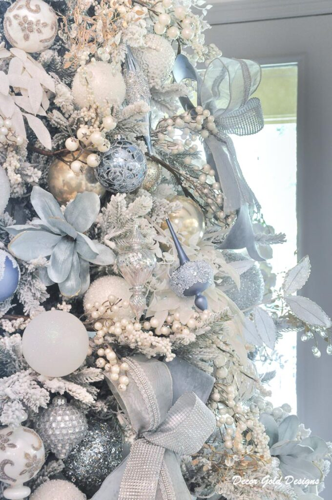 elegant christmas tree ornaments