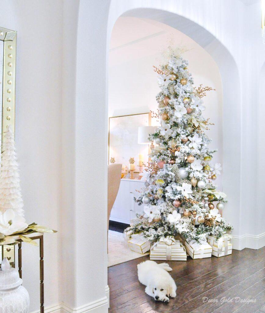 Christmas dining room