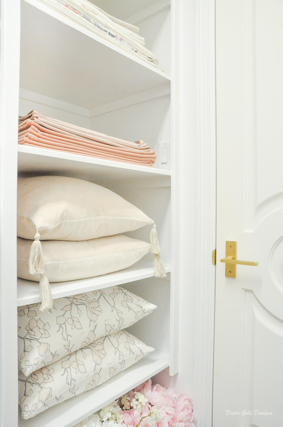 Entertaining closet pillows